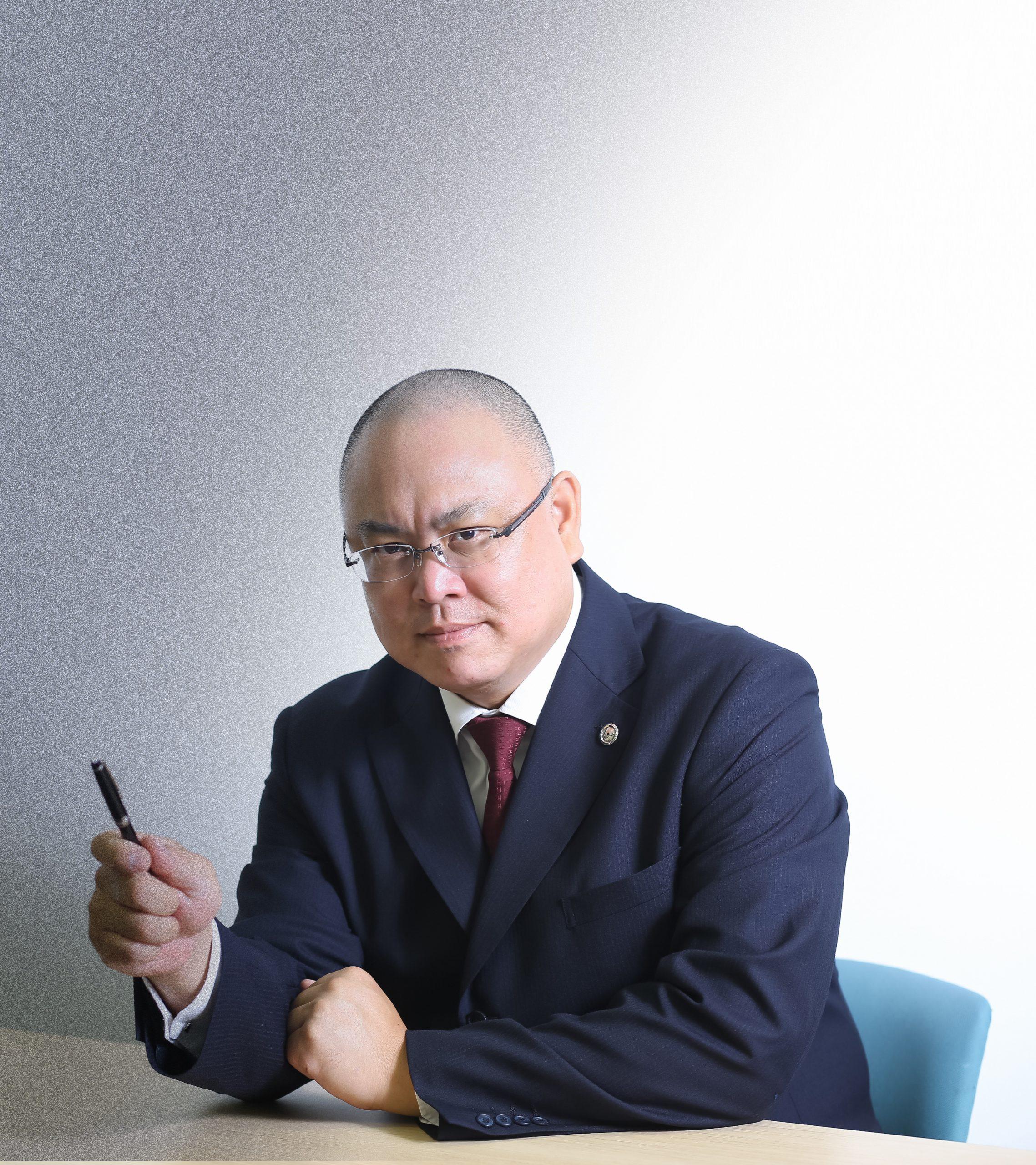 株式会社トリニティーホールディングス 代表取締役 四元 圭
